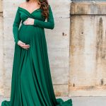 What to wear for maternity photos. Brooke Grogan Photography.